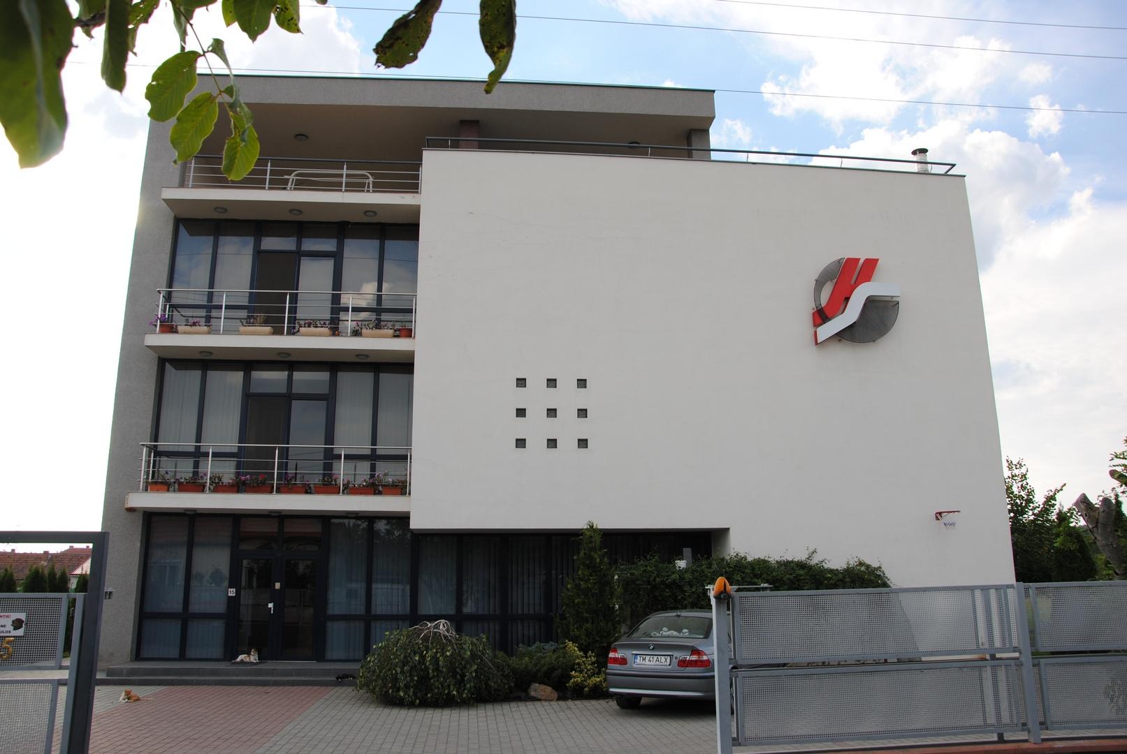 comercial-birouri5