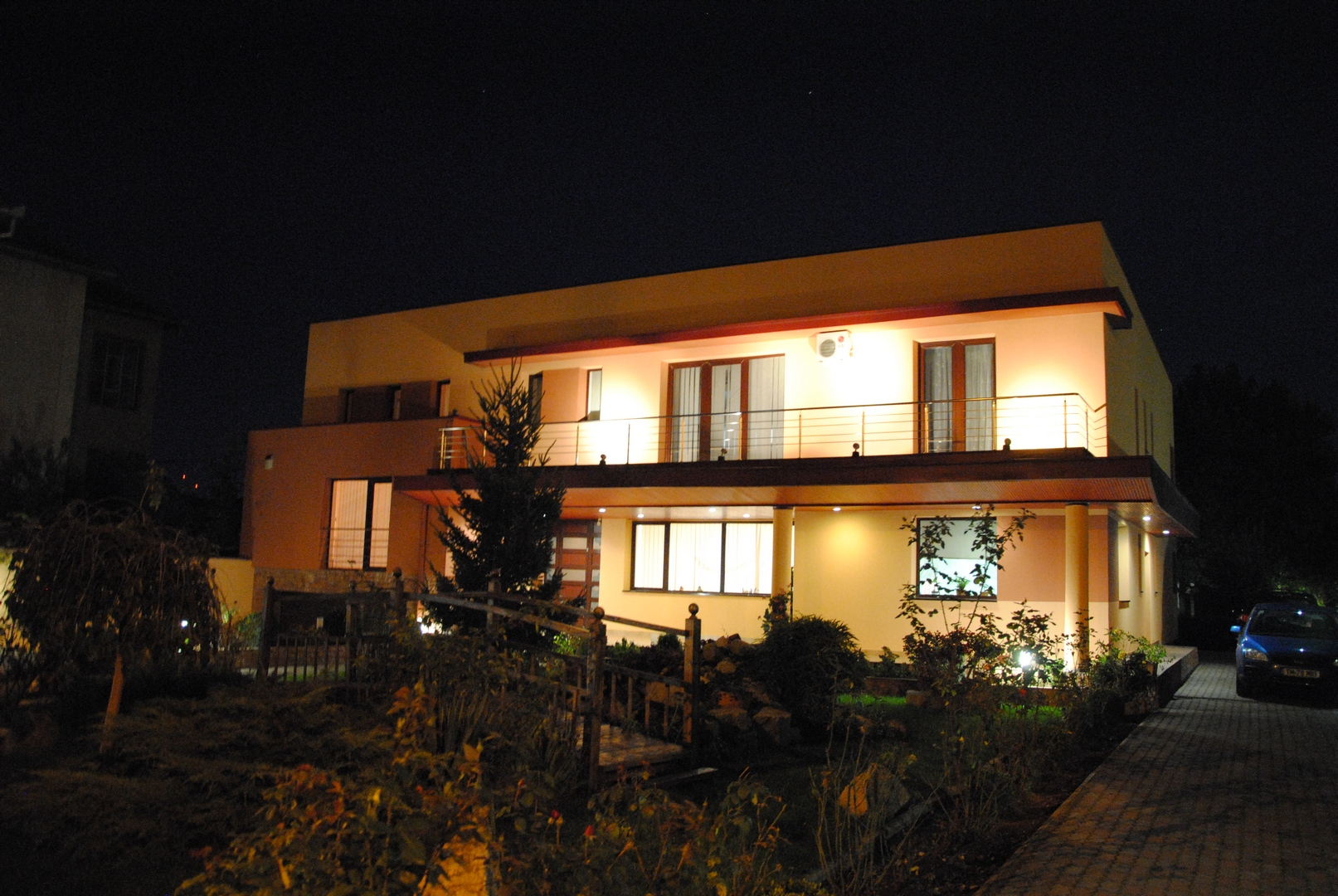 rezidential1
